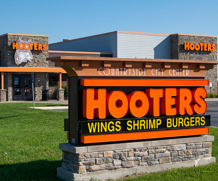 commercial plumbing Hooters Restaurant